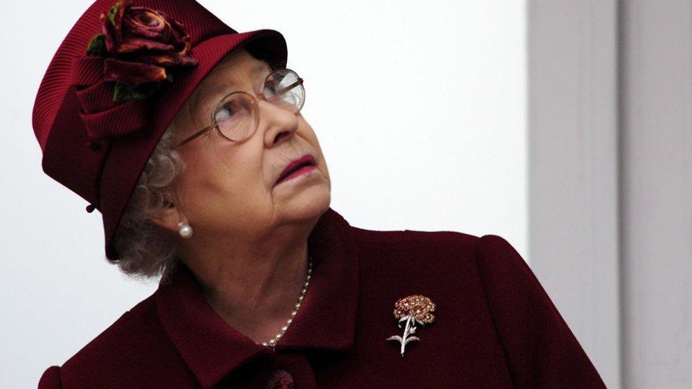 INGEN FLYLUKSUS: Dronning Elizabeths drømmer om et privat jetfly er nok en gang blitt knust.
