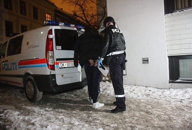 Mannen ble effektivt pågrepet av politiet like etter ranet i Hegdehaugsveien. Foto: Svein Gustav Wilhelmsen