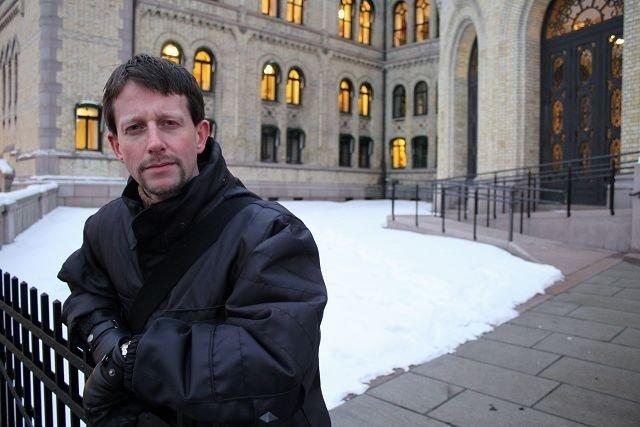 Helge L'orange håper Oslo Høyre kan legge press på stortingsgruppen, slik at de velger å gå i mot det kontroversielle datalagringsdirektivet. FOTO: Erik Tangen