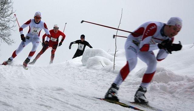 Lyns Johannes Hagerup jages av klubbkameratene Jens Olaf Breivik og Nikolai Korvaald Skaare på sprinten i 17-årsklassen. Alle foto: Annik Bjørndal
