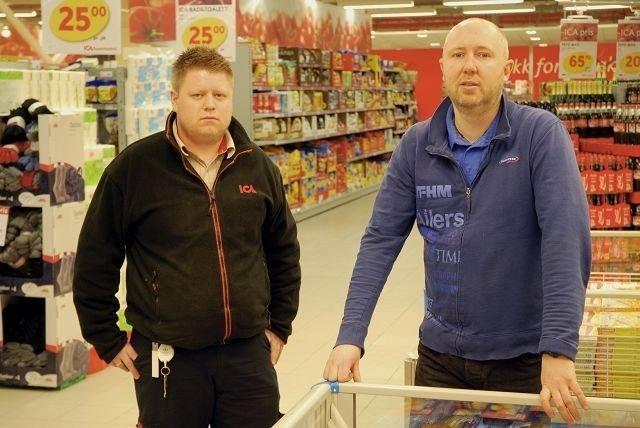 23904ece Butikksjef Rune Repp (til venstre) konstaterer at det er mange færre kunder  i butikken