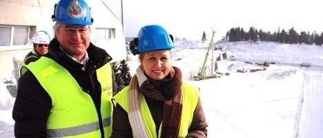 I dag ble Holmenkollen-anlegget levert fra byggherren. Ordfører Fabian Stang og finansbyråd Kristin Vinje strålte om kapp med Kollen-solen.