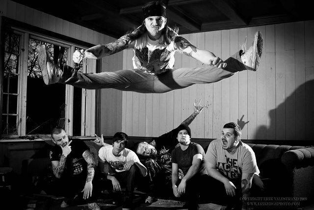 Shot at Dawn spiller tight og beinhard deathmetal. FOTO: ERIK VALESTRAND