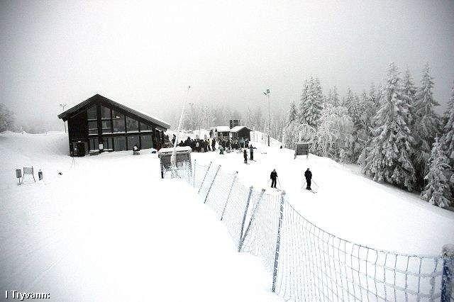 Alpinklubben som er under etterforskning, har holdt skikurs i Tryvann og Grefsenkollen.