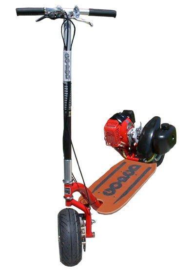 En goped er en sparkesykkel med motor.