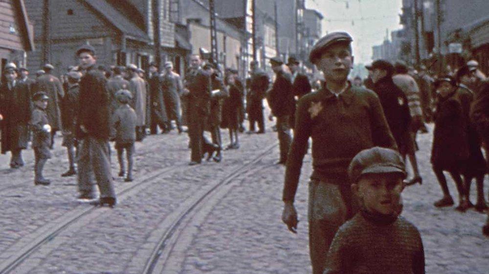 Det bodde 250.000 jøder i Lódz i årene 1939 til 1944. Det er den gettoen der flest overlevde, men også enormt mange døde.