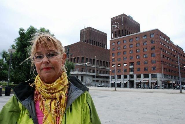 Janne Svegården (Arbeiderpartiet) raser mot byrådet.