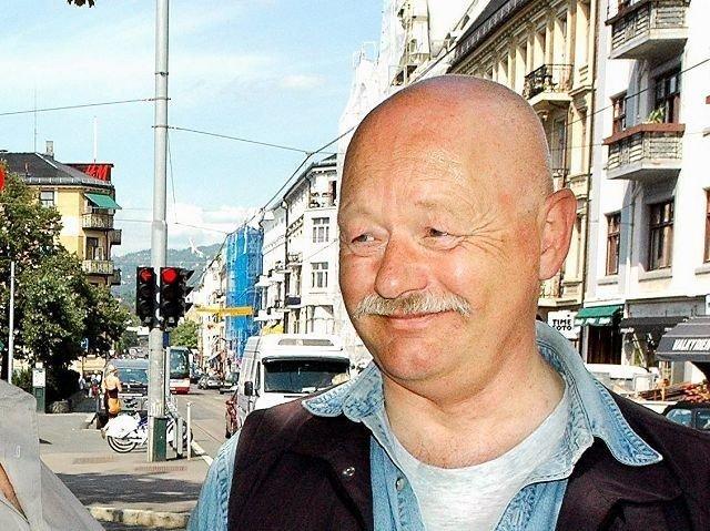 Majorstuen-entusiast Svein Danielsen har i årevis vært engasjert i fremtiden til Majorstuen t-banestasjon. Nå er han oppgitt over nølingen til samferdselsbyråd Jøran Kallmyr. Arkivfoto