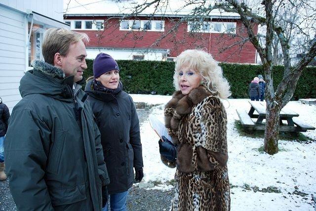 Elin Horn Galtung forteller Atle Vereide og Cathrine Berg Vereide hva hun mener om Byantikvarens innstilling.