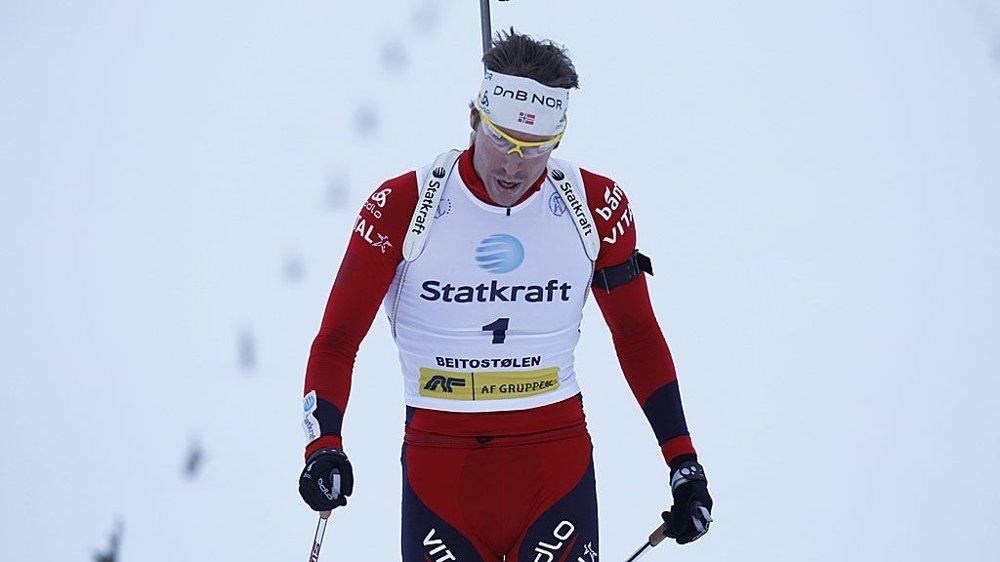 Emil Hegle Svendsen vant herrenes 15 km skiskyting fellesstart på Beitostølen søndag.