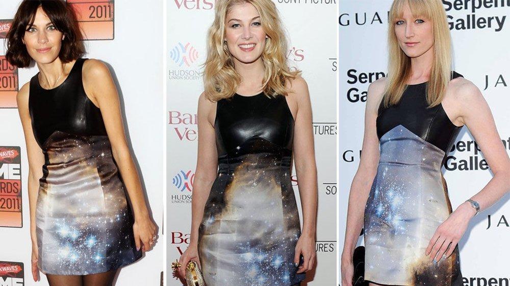 ALEXA CHUNG, Rosamund Pike og Jade Parfitt har alle lagt sin elsk på denne kjolen fra Christopher Kane.