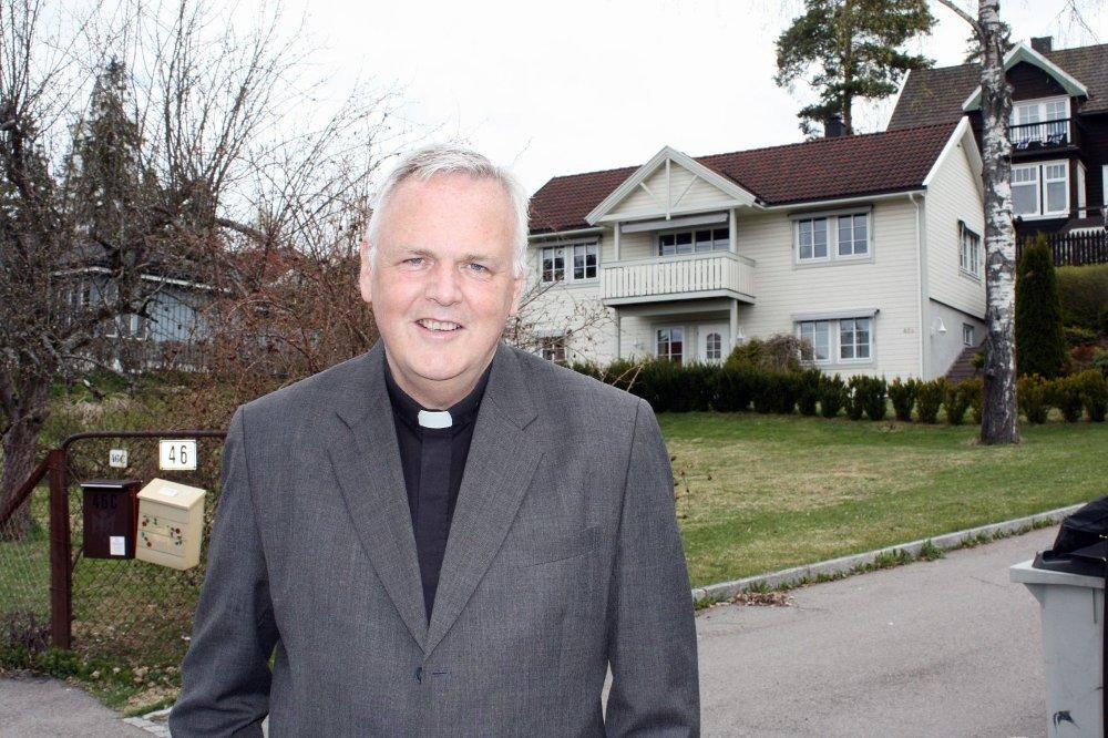 Fungerende prost: Espen Feilberg-Jacobsen er fungerende prost i Søndre Aker. Han forteller at mange søker til kirken nå i den vanskelige tiden.