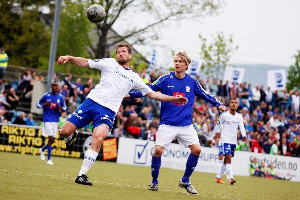 """""""Assist"""": Julian Møller hadde en flott """"assist"""" på Kjelsås´ 2-0 mål i Narvik i helgen."""