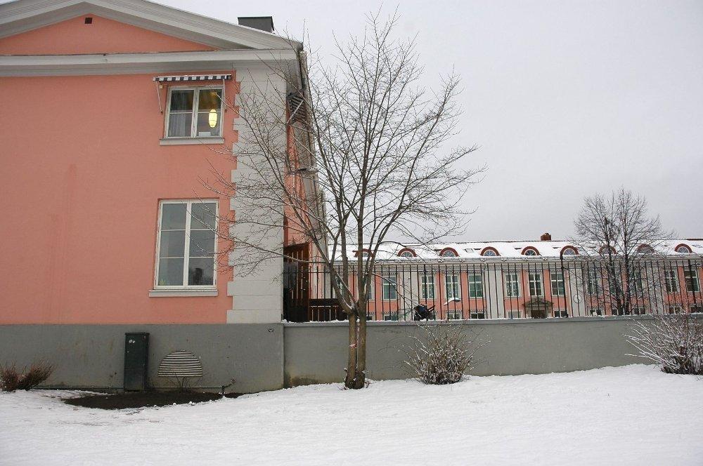 Dårlig: For dårlig mobilddekning ved Ullevål skole - mobilmaster på gang. FOTO: ARKIV/KARL ANDREAS KJELSTRUP