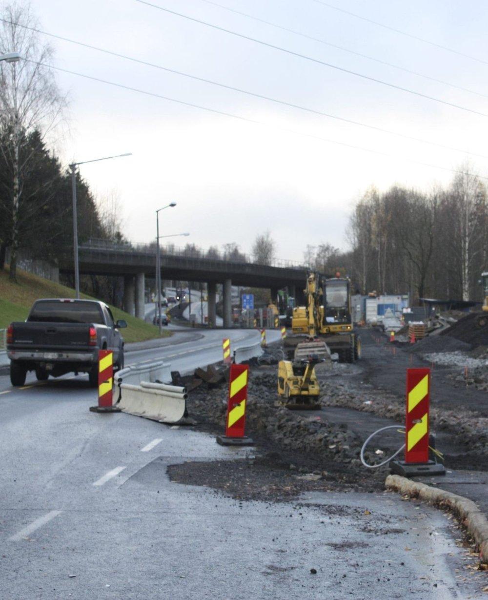SNART FERDIG: I løpet av et par uker skal gang- og sykkelvei langs Tvetenveien være ferdige.