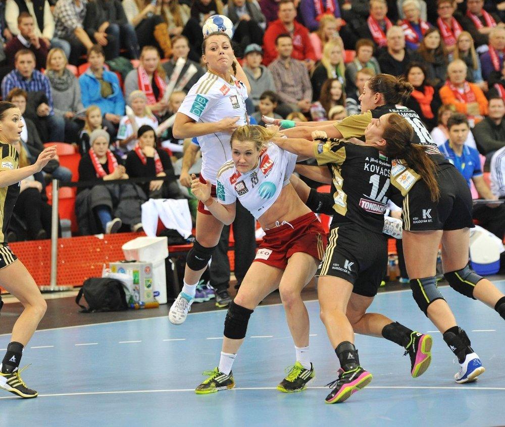 Nora Mørk & co fikk det tøft mot det ungarske storlaget Györ.