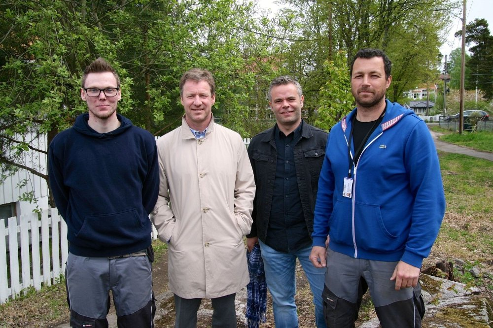 F.V.: Deltaker Fredrik Engebakken, bydelsdirektør Per Morstad, avdelingsleder Tor Arne Swensen og arbeidsleder Glenn Skjellum-Kokkim.