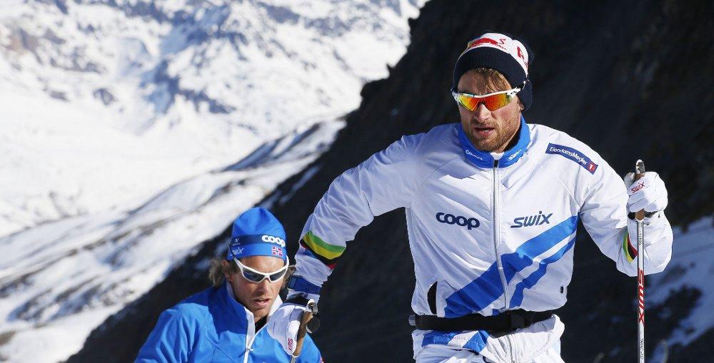 TIL VM: Petter Northug jr. drøyde i det lengste, men har bestemt seg for å skrive under med skiforbundet.