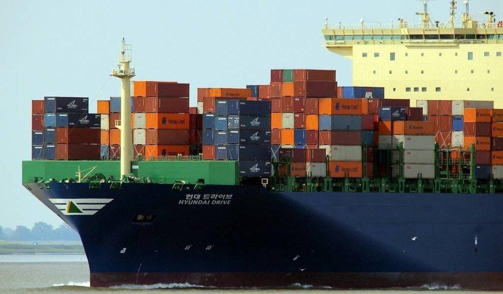 Svært mange varer kommer til Norge med containerskip fra Kina.