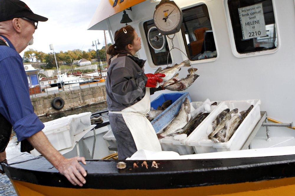 Allerede nå kan du kjøpe fersk fisk og skalldyr direkte fra fiskebåtene på Rådhusbrygga i Oslo. Men neste vår får byen et eget fisketorg.