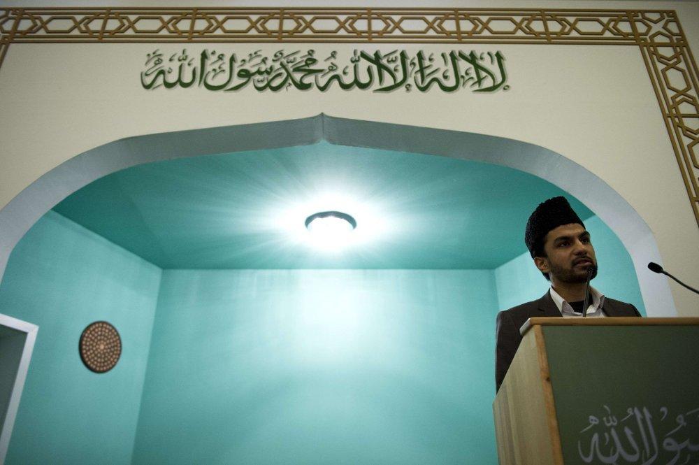 MÅ SNAKKE TYSK: I Østerrike må imamene heretter snakke tysk. Muslimske organisasjoner får heller ikke lov til å motta penger fra utlandet. Illustrasjonsfoto.