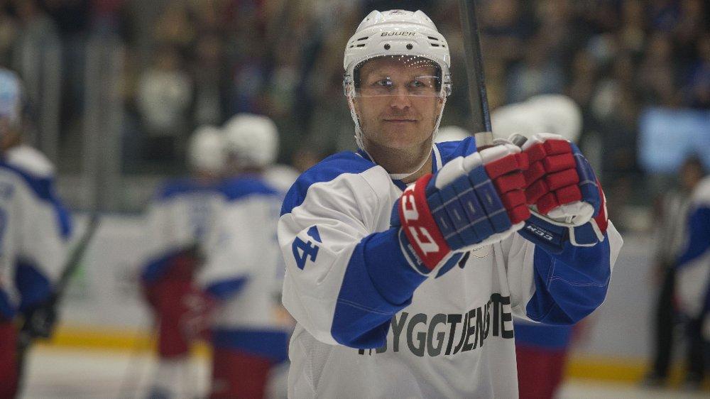 STJERNE: Patrick Thoresen er en av KHLs aller største stjerner. Her fra en veldedighetskamp i DNB Arena i fjor.