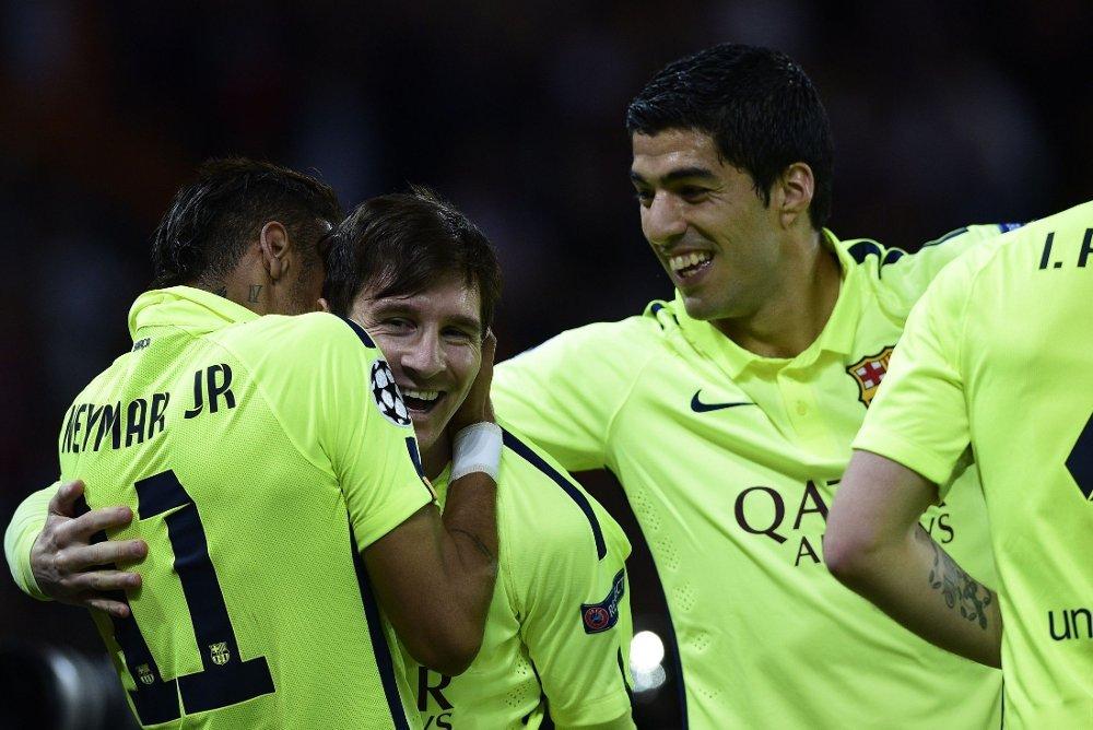 LEKESTUE: Lionel Messi (i midten) holdt lekestue med PSG på onsdag.