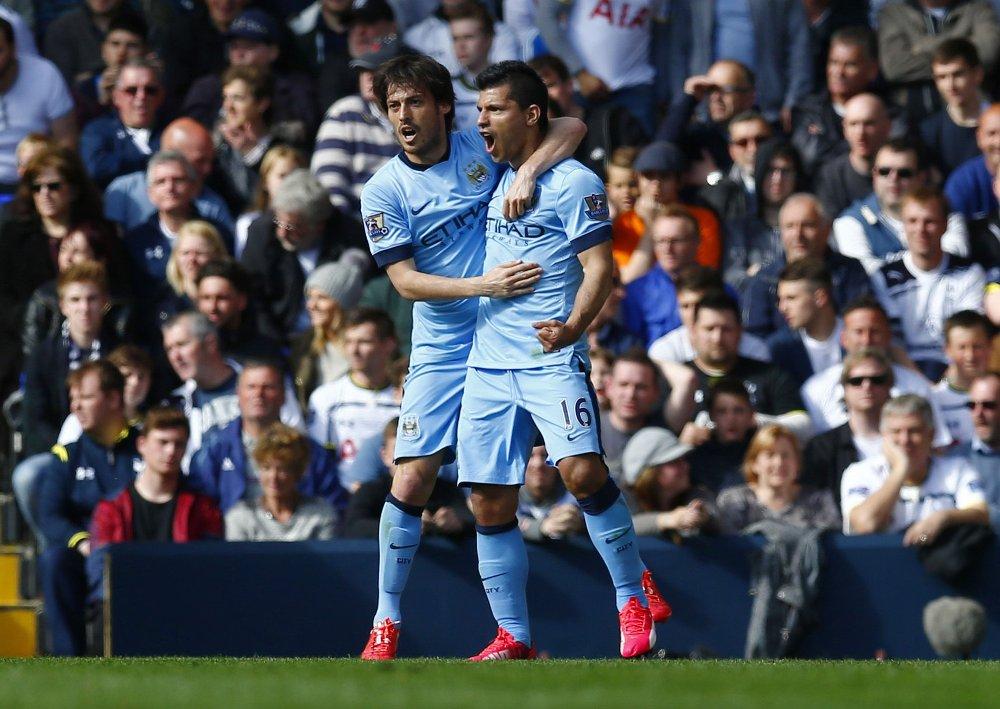 TOPPSCORER: Sergio Agüero befestet posisjonen som Premier Leagues toppscorer da Manchester City stakk av med alle poengene mot Tottenham.