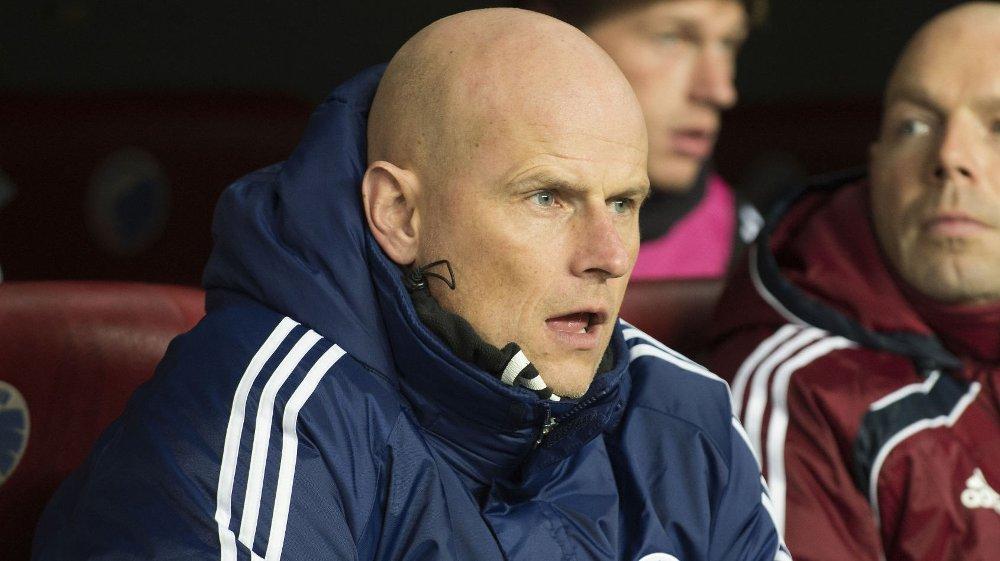 Ståle Solbakkens FC København er storfavoritt i torsdagens danske cupfinale mot Vestsjælland. Nordmannen advarer imidlertid spillerne sine.