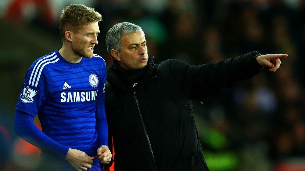 SERIEMESTER: Til tross for at han forlot Chelsea i januar, kan også Andre Schürrle kalle seg engelsk ligamester.