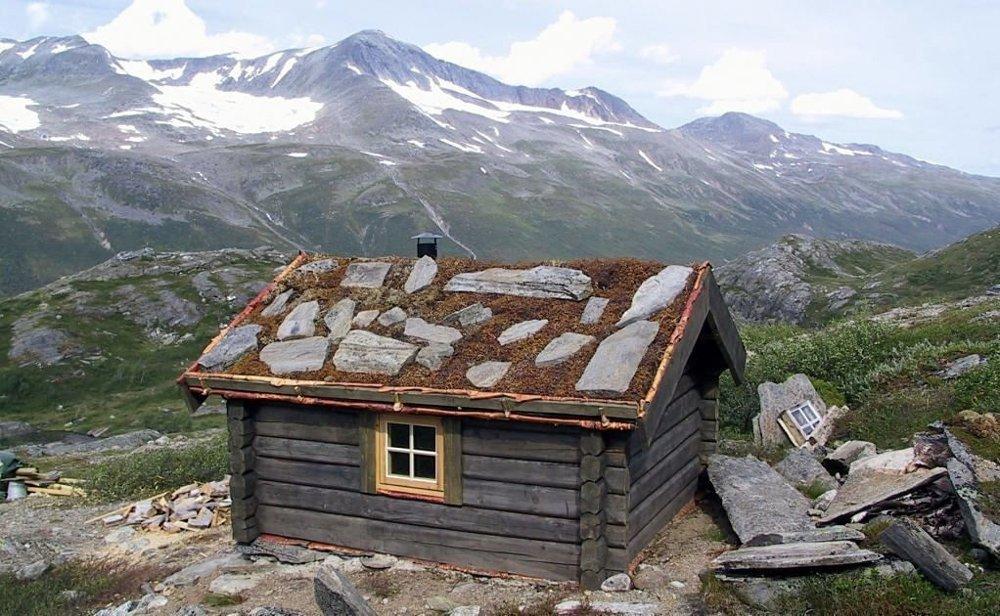 Statskog hytter står ulåste og til fri disposisjon. På bildet Statskogs Staupådalsbua i Beiarn i Nordland.