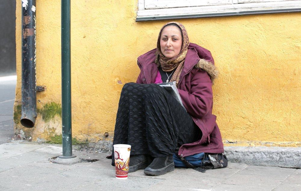 MYTER: En ny rapport fra Fafo mener å slå hull på flere myter om tilreisende fattige fra Romania. Påstander som fremmes i politiske debatter stemmer i liten grad.
