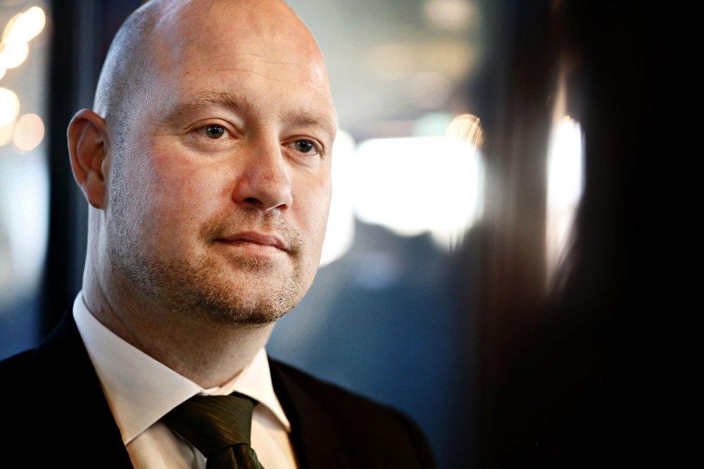 Justisminister Anders Anundsen har måttet tåle mye kritikk, men får skryt av leserne.