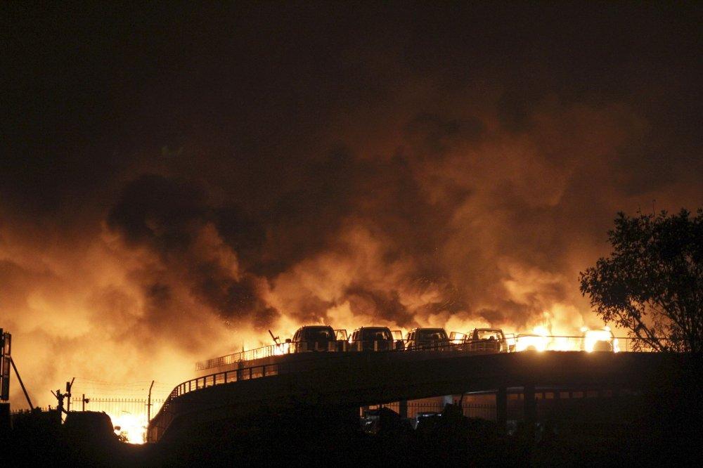 KRAFTIG: Eksplosjonene lørdag kveld var svært kraftige. Nå viser det seg at giftige gasser har sluppet ut etter ulykken.