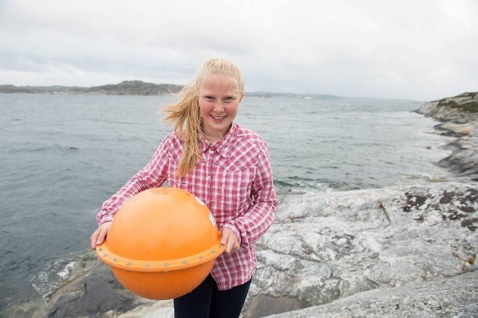 Søndag ettermiddag fant Kristin Turøy Aas og faren Leif Arne Aas denne gjenstanden på Turøy.