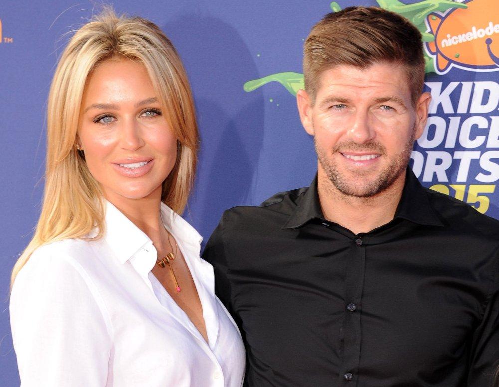 EKSPERT: Steven Gerrard skal pendle mellom jobbene som fotballspiller i USA og fotballekspert i England denne sesongen.