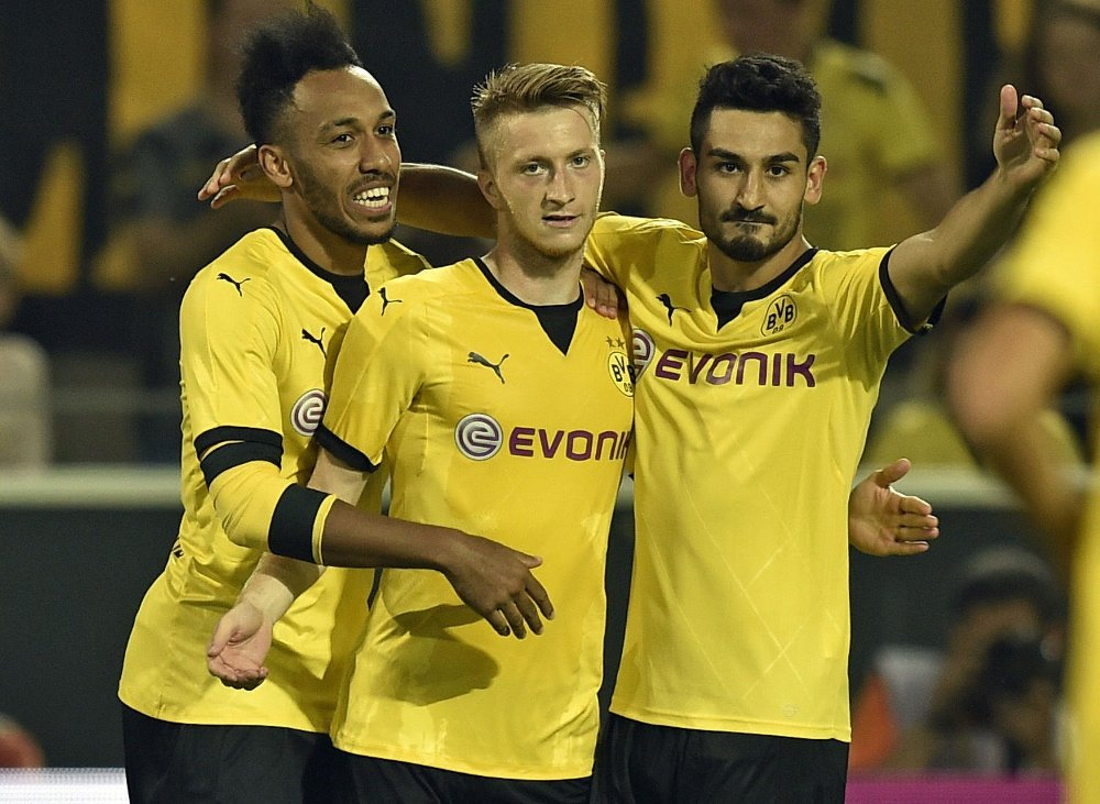 FARLIG GJENG: Dortmund viste at fjorårets skuffende sesong er historie, da de valset ovet Mönchengladbach.