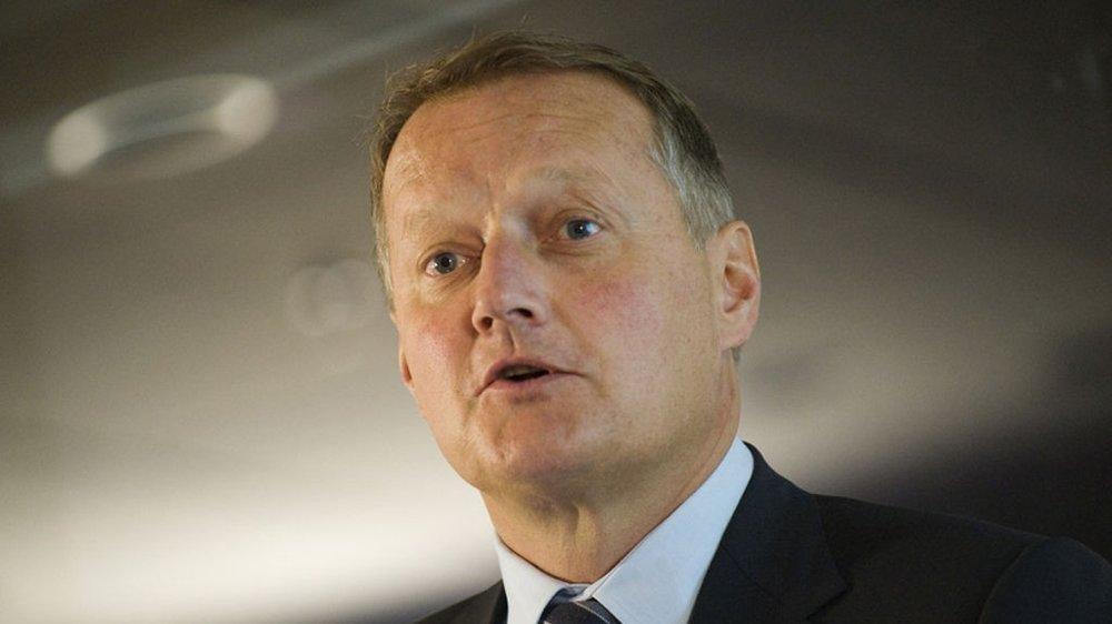 DNB selger porteføljer med misligholdte lån til inkassoselskapet Lindorff. Her DNB-sjef Rune Bjerke.