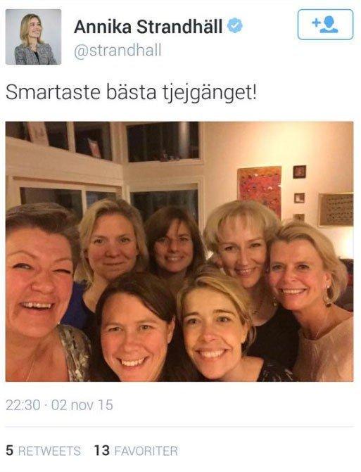 Sosialminister Annika Strandhäll delte denne selfien mandag kveld. Nå er den slettet.