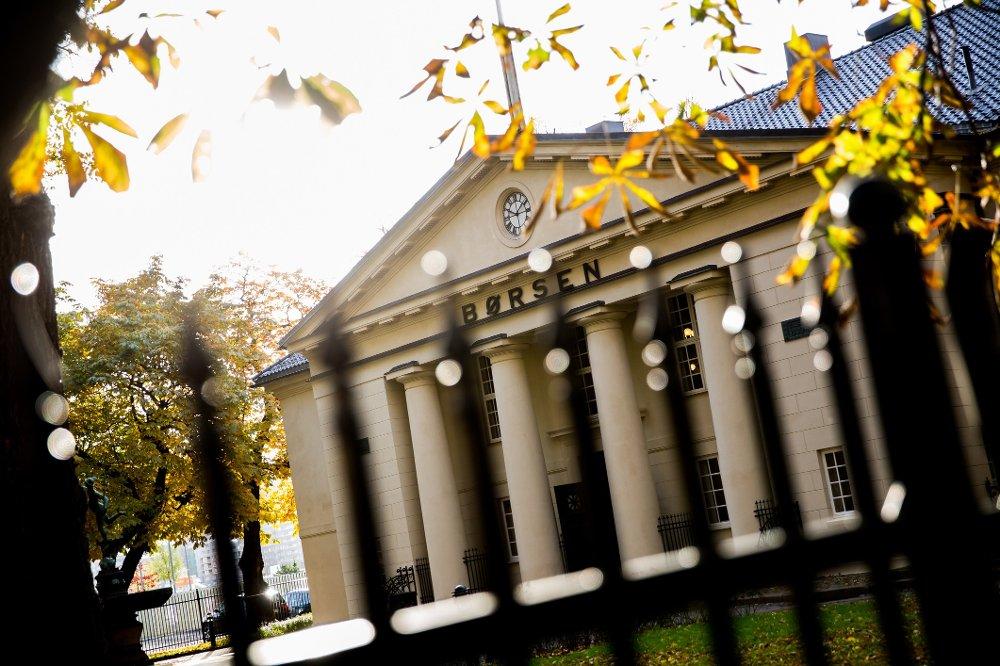 Oslo Børs faller fra start tirsdag sammen med de største børsene i Europa.