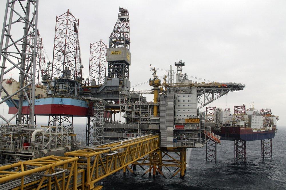 SSBs oljeinvesteringstelling for fjerde kvartal viser en klar nedgang i olje- og gassinvesteringene i 2016. Her Eldfisk II-prosjektet i Nordsjøen. Foto: Kristian Skårdalsmo / NTB scanpix
