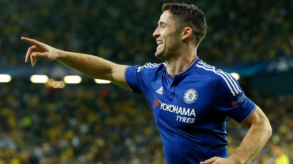 Midstopper Gary Cahill sørget for 1-0-ledelse for Chelsea mot Maccabi Tel Aviv.