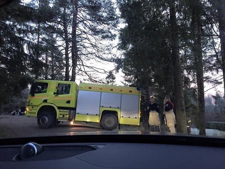 Prinsesse Märtha Louse har lagt ut dette bildet selv på Facebook av brannbilen som kom til hjemmet deres i Lommedalen.