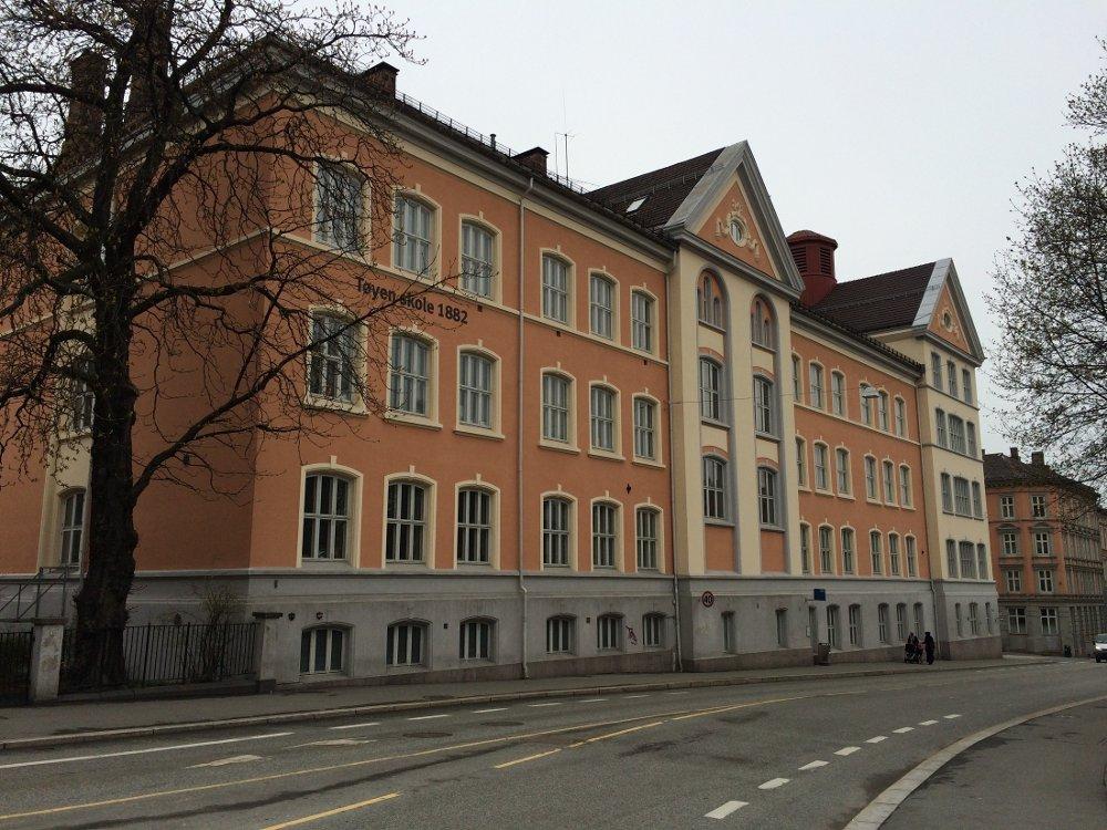 Tøyen skole er en av hovedstadens mange skoler. Oslo-skolene har flest elever på høyeste mestringsnivå i de nasjonale prøvene.