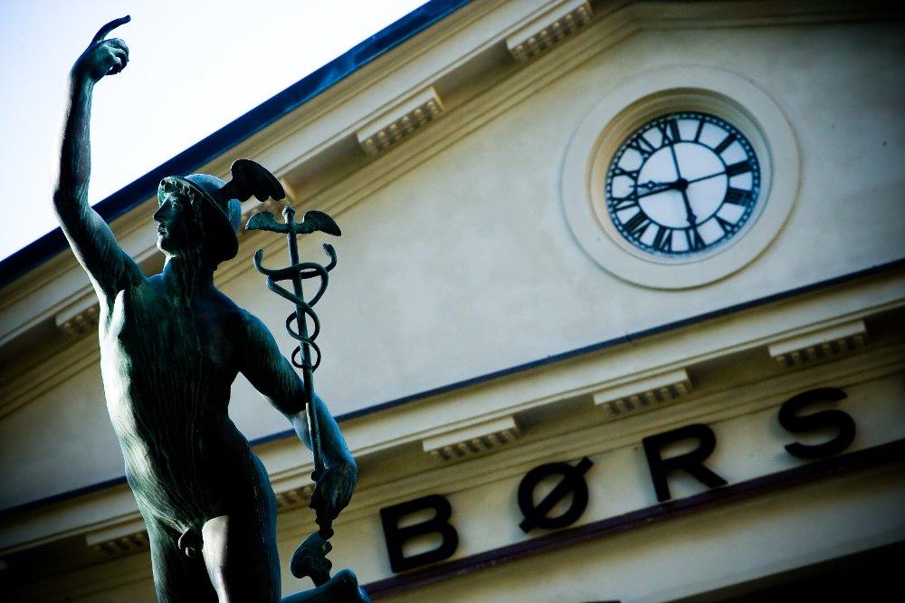 Oppgang på børsene i Asia kan gi drahjelp til Oslo Børs tirsdag, tror nettmegleren Netfonds.