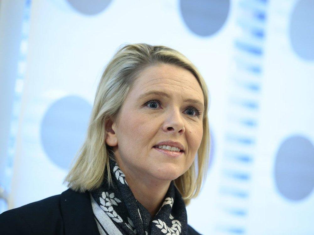 Innvandrings- og integreringsminister Sylvi Listhaug (Frp) presenterer innstrammingstiltak for å gjøre det mindre attraktivt å søke asyl i Norge.