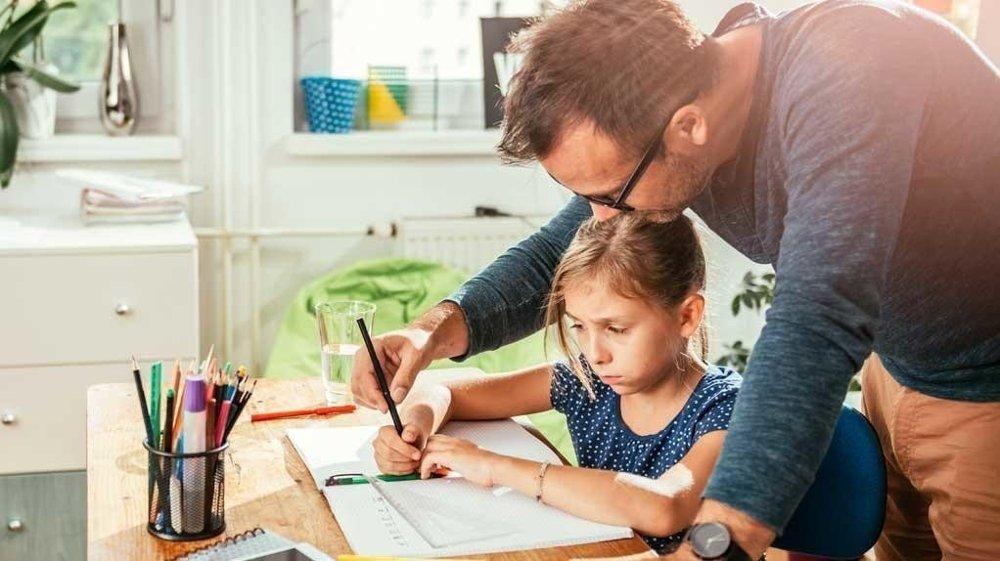 - Det er ikke noe poeng i å presse barn til å få til noe de ikke har forutsetninger for å forstå, sier spesialpedagog Elin Natås.
