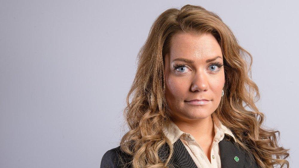 FIKK UGREIE MELDINGER. Sandra Borch forteller at hun i sin tid som leder av Senterungdommen mottok tekstmeldinger av tydelig seksuell karakter. Hun valgte å overse det.