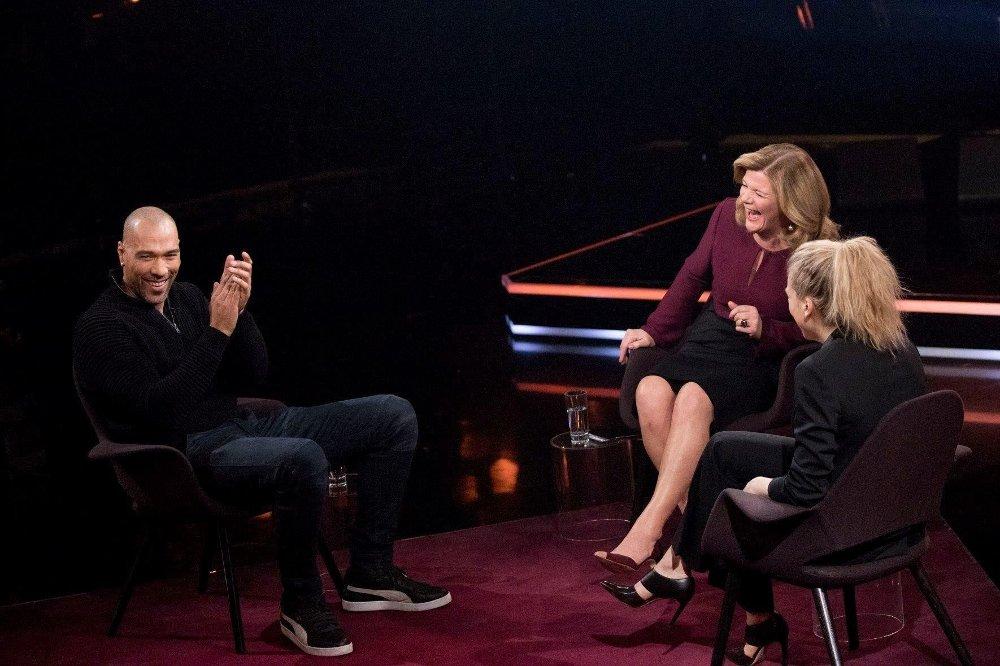 John Carew, Anne Lindmo og Ane Dahl Torp i et intervju angående den nye NRK-satsningen «Heimebane».