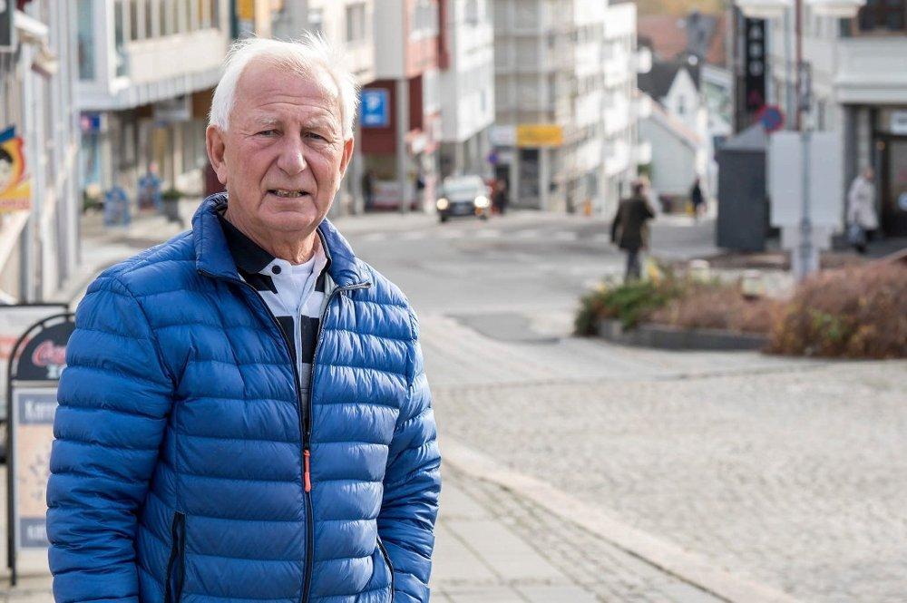 STRIDES OM FLAGG: Tidligere medlem av 17.mai-komiteen, Terje Anthonsen, trekkes seg som følge av en flaggdebatt.